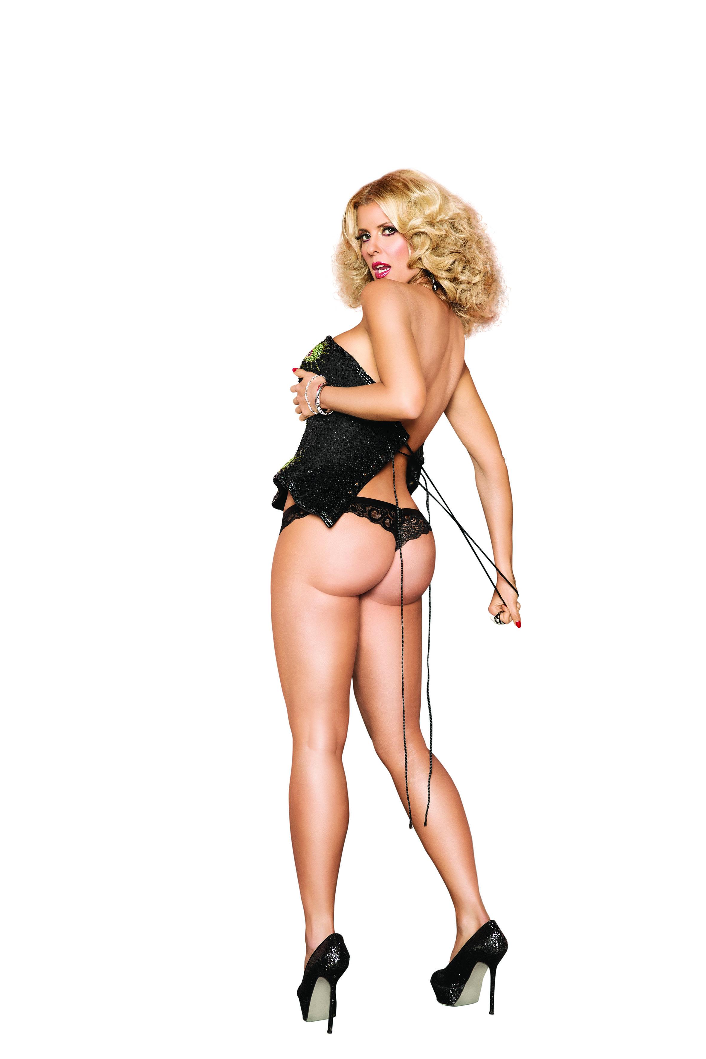 Desnuda adolescente latina con gigante
